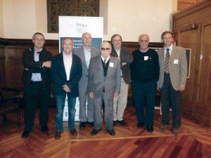 Ramón Parés amb alguns deixebles durant la commemoració dels 50 anys de la càtedra de microbiologia a la Universitat de Barcelona. 2014.