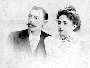 Comàs i Sola i Teresa Patxot. Arxiu: Familia Petit.