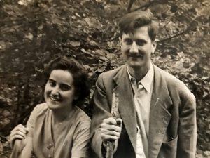 1956 M. Guilemany i J. Vaquer. Arxiu: Familia J. Vaquer.- M .Guilemany