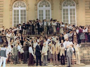 1981 J. Vaquer, al mig de la part superior de la fotografia, en un congrés a Luxembourg. Arxiu: Familia J. Vaquer.- M .Guilemany