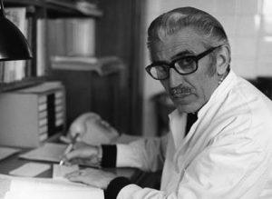 El Dr. Carles Bas (probablement a meitat de la dècada de 1950).
